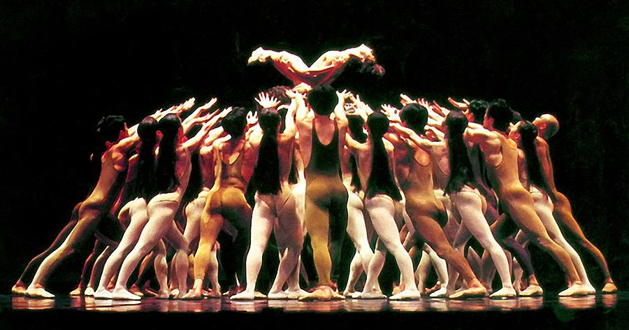 Концерт голых артистов